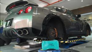 Era Maju Published by Wong YaLi Page Liked · May 27  ·    Nissan GTR change Project' Mu B-SPEC BRAKE PADS.