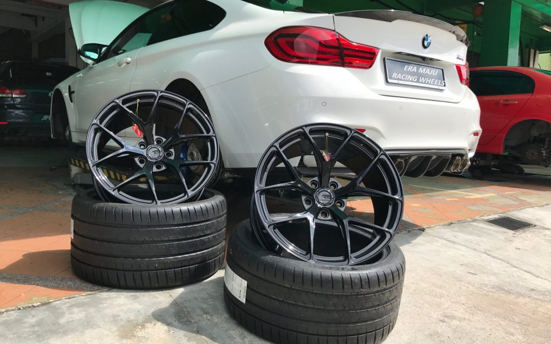 "BMW M4 fitted with BC Forged Wheels!! Customized for this beautiful ride! – BC Forged RZ 21 19""Series  – Paired with Michelin PS4S 265/35×19 and 305/30×19 Tyres – ALL NEW Dark Brushed Black Color Customized to fit on white car – Very flush fitment with flat face option!"