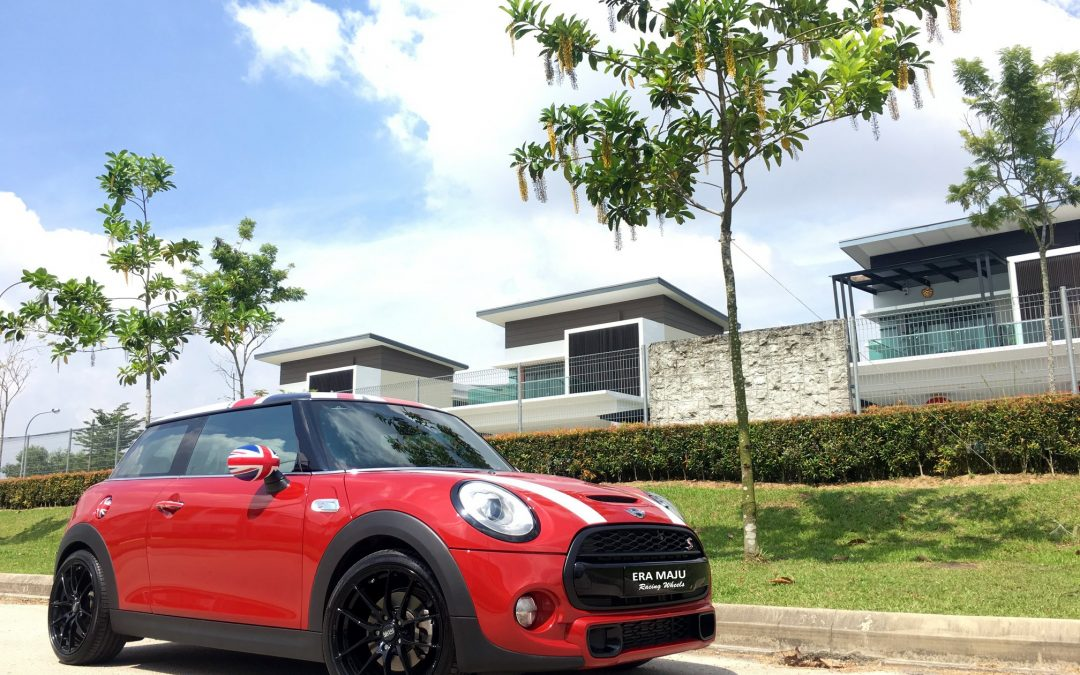 Mini Cooper S F56 sitting on a pair of OZ Racing 18 inch. Too cool!  #OZWheels #OZRacing #cooper #Wheel #wheels #rally #car #race #racing